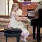 piano-recital-2012-girl